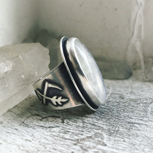 Cailleach's Guidance Ring ✦ Size just over 9 1/2 ✦ The Age of the Cailleach Collection