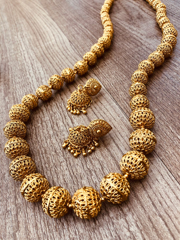 Antique malai set