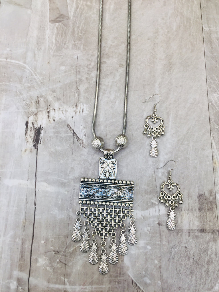 Pendant long chain