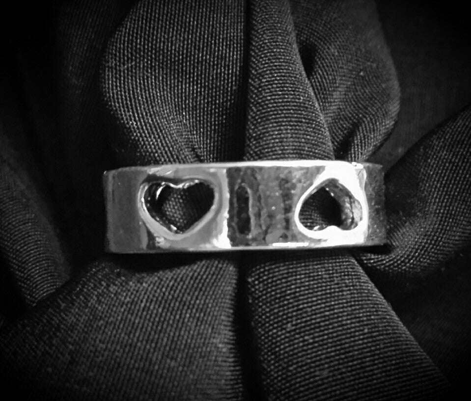 Heavy cut-out heart band