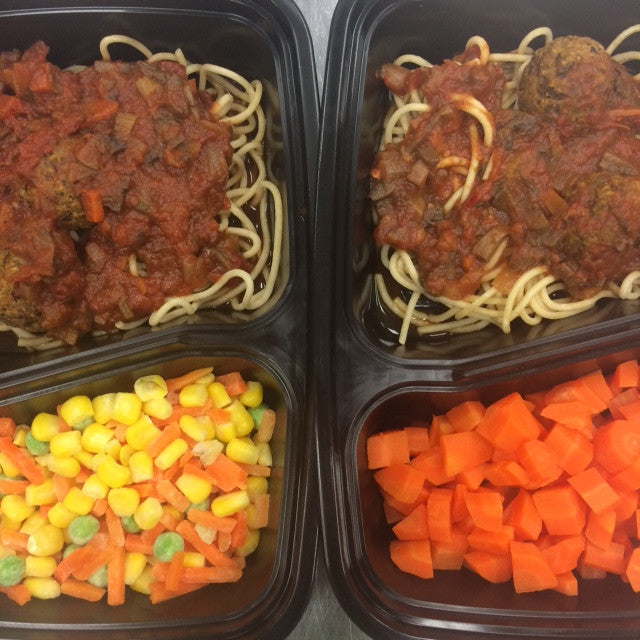 "Kids' Lunchbox Meal: Spaghetti w/""Meatballs"" and Steamed Veggies"