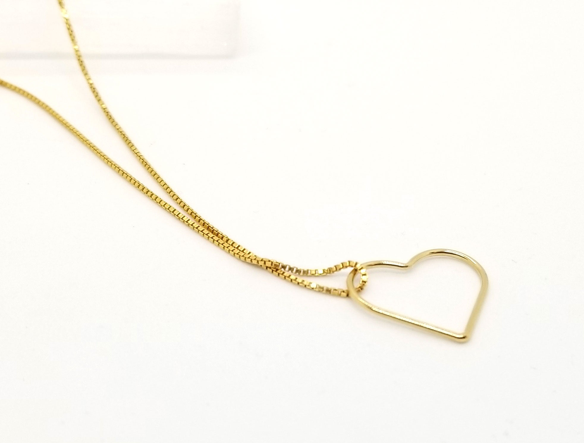 Big Heart Of Gold Floating Pendant Necklace