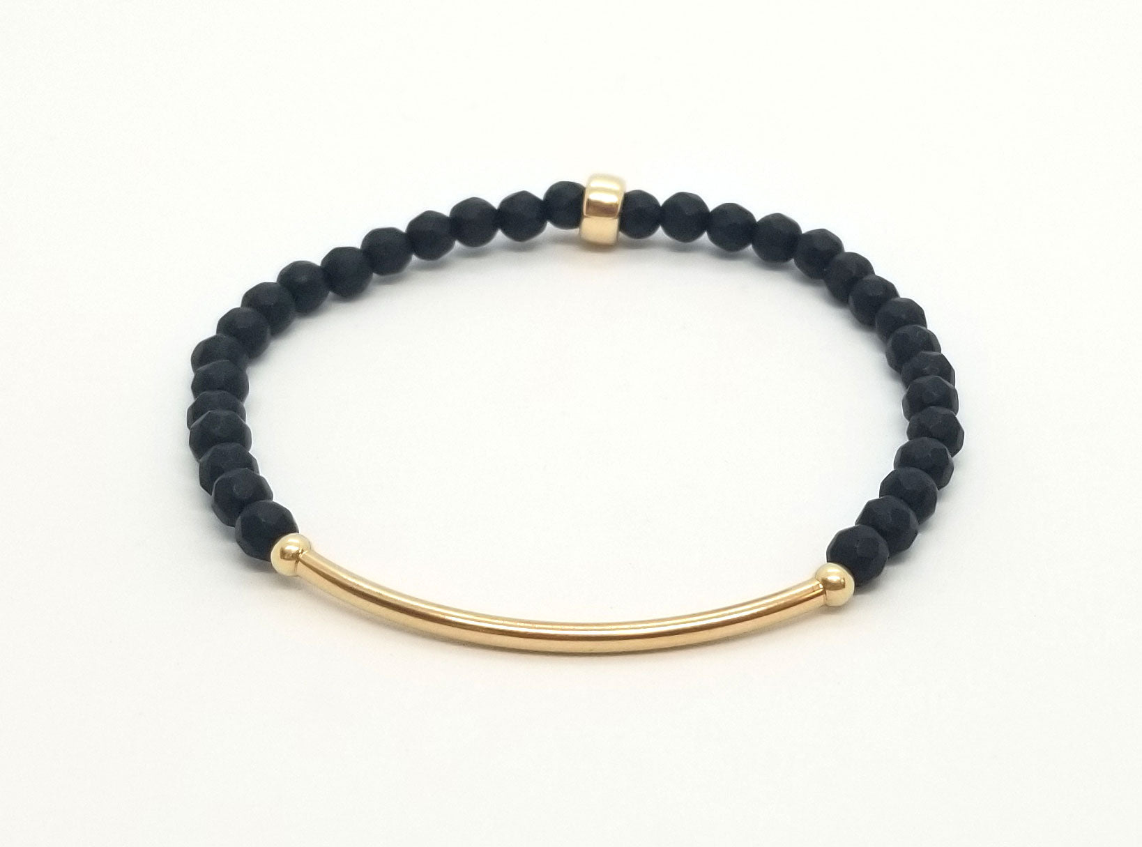 Onyx With Gold Bar Bracelet