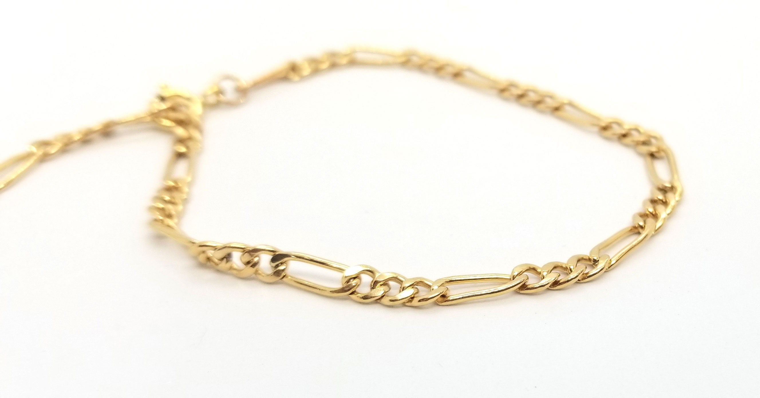 Gold Curb Chain Bracelet