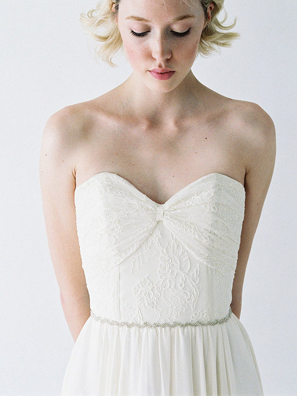 Sweetheart neckline wedding gown.