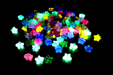 Neon Glow In The Dark UV Reactive Plastic Star Beads (150/Pack) - Kandies World