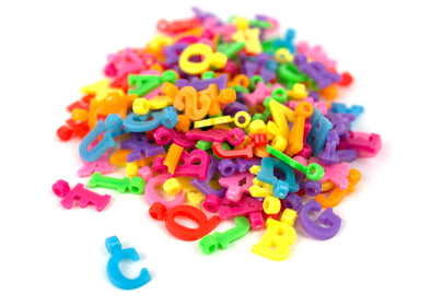 Multicolor Letter Bead Charms (150/Pack) - Kandies World