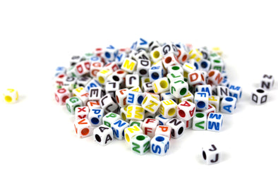 Multicolor Cube Alphabet Beads (300/Pack) - Kandies World