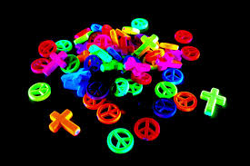 UV Reactive Peace And Cross Beads (50/Pack) - Kandies World