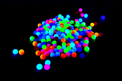 Solid Round Neon UV Reactive Plastic Pony Beads (150/Pack) - Kandies World