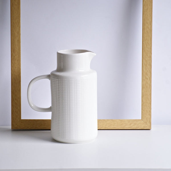 Trellis jug - the source