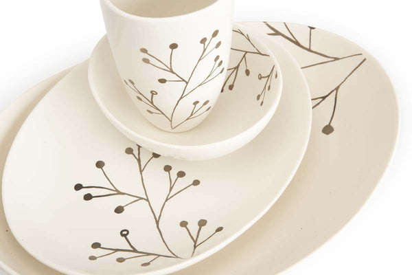 Botanicals Blossom Oval Plate Med - the source