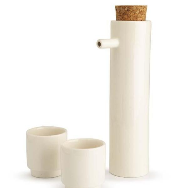 Sake Set white - the source