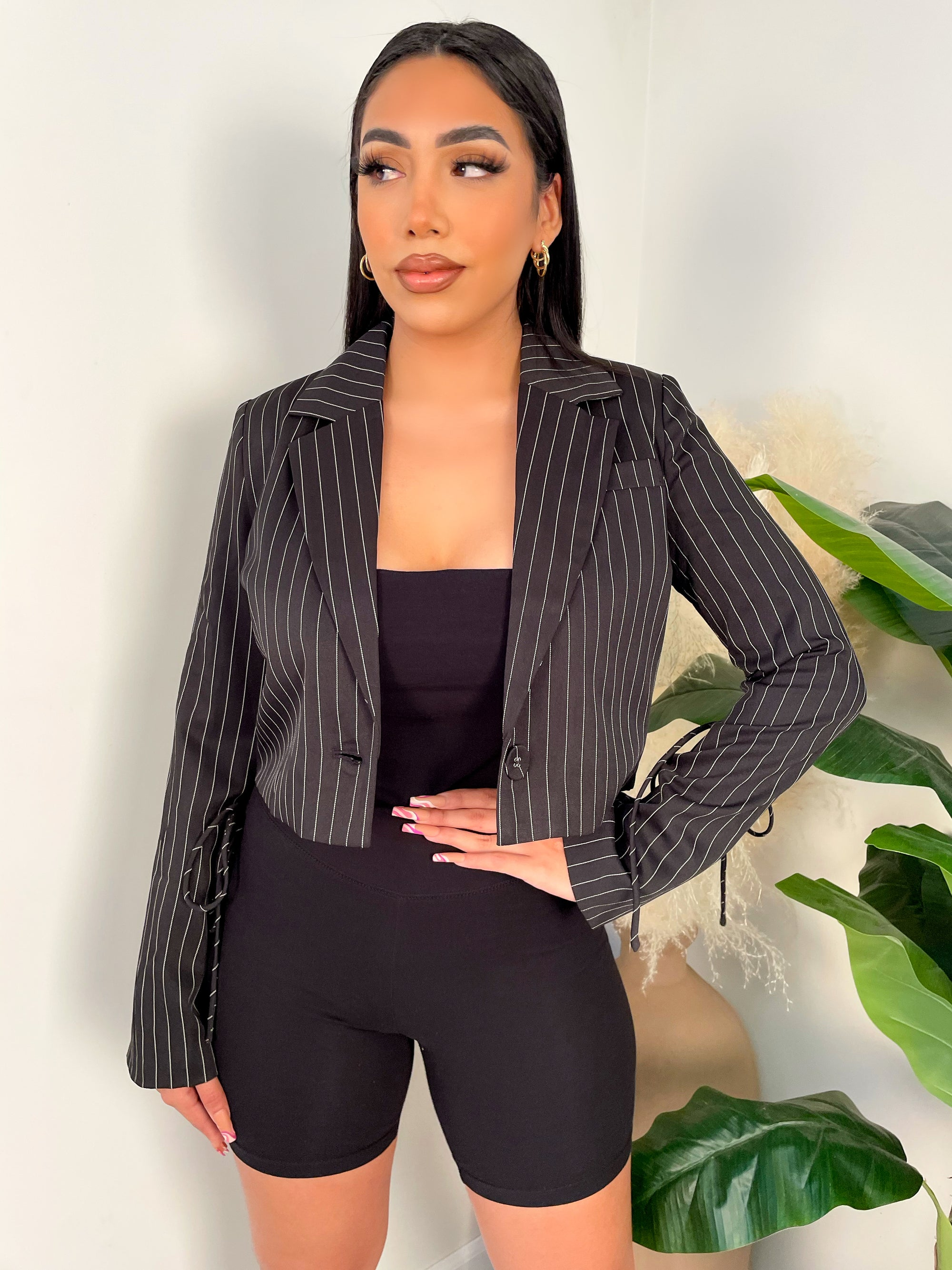 black blazer, white striped blazer, collared, cropped, single front button, sleeve ties