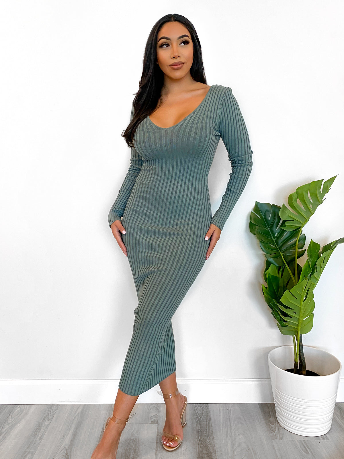 Laura's Fav Knit Dress (New Sage)