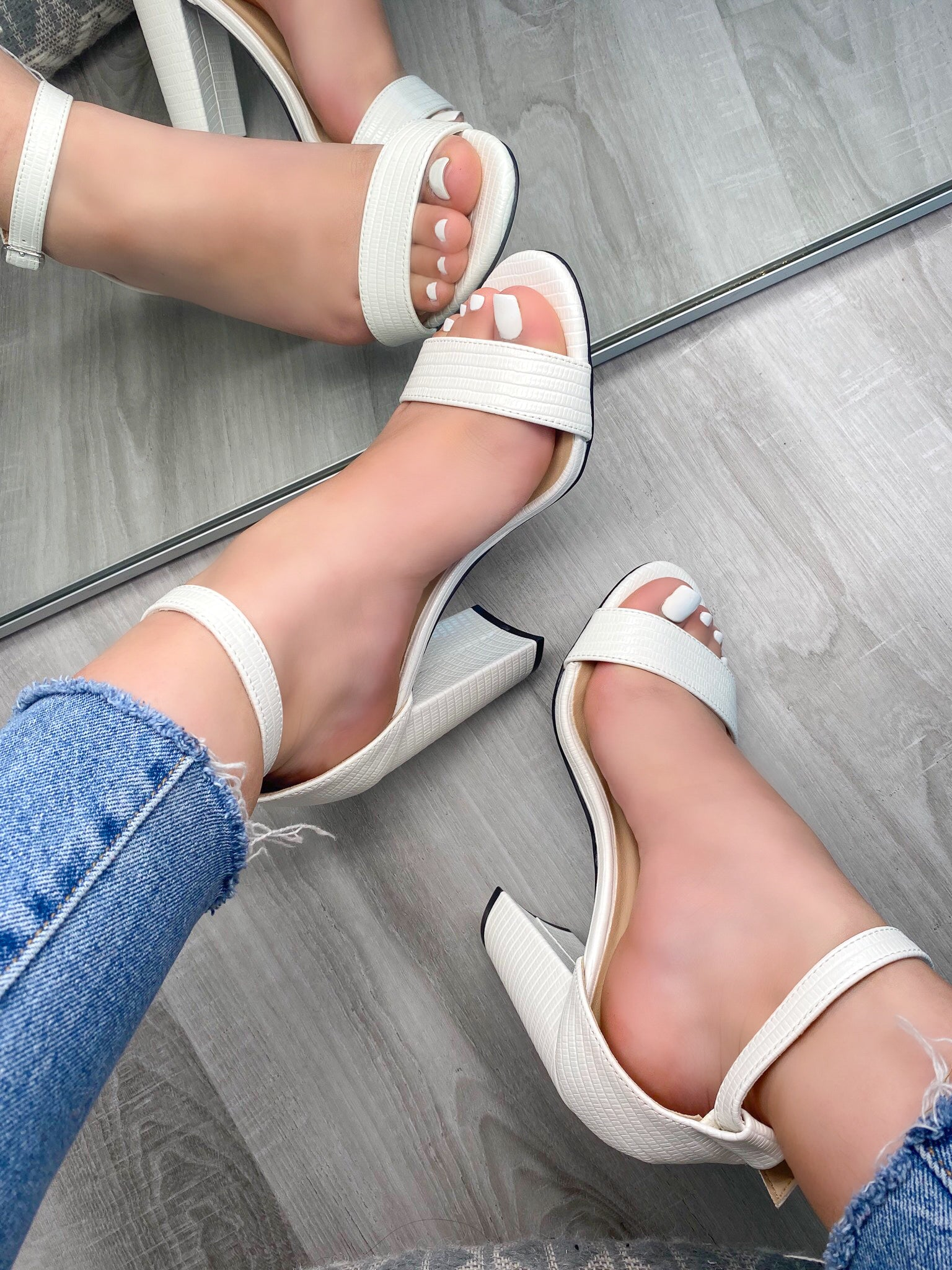 white leather heels, adjustable buckle, single strap