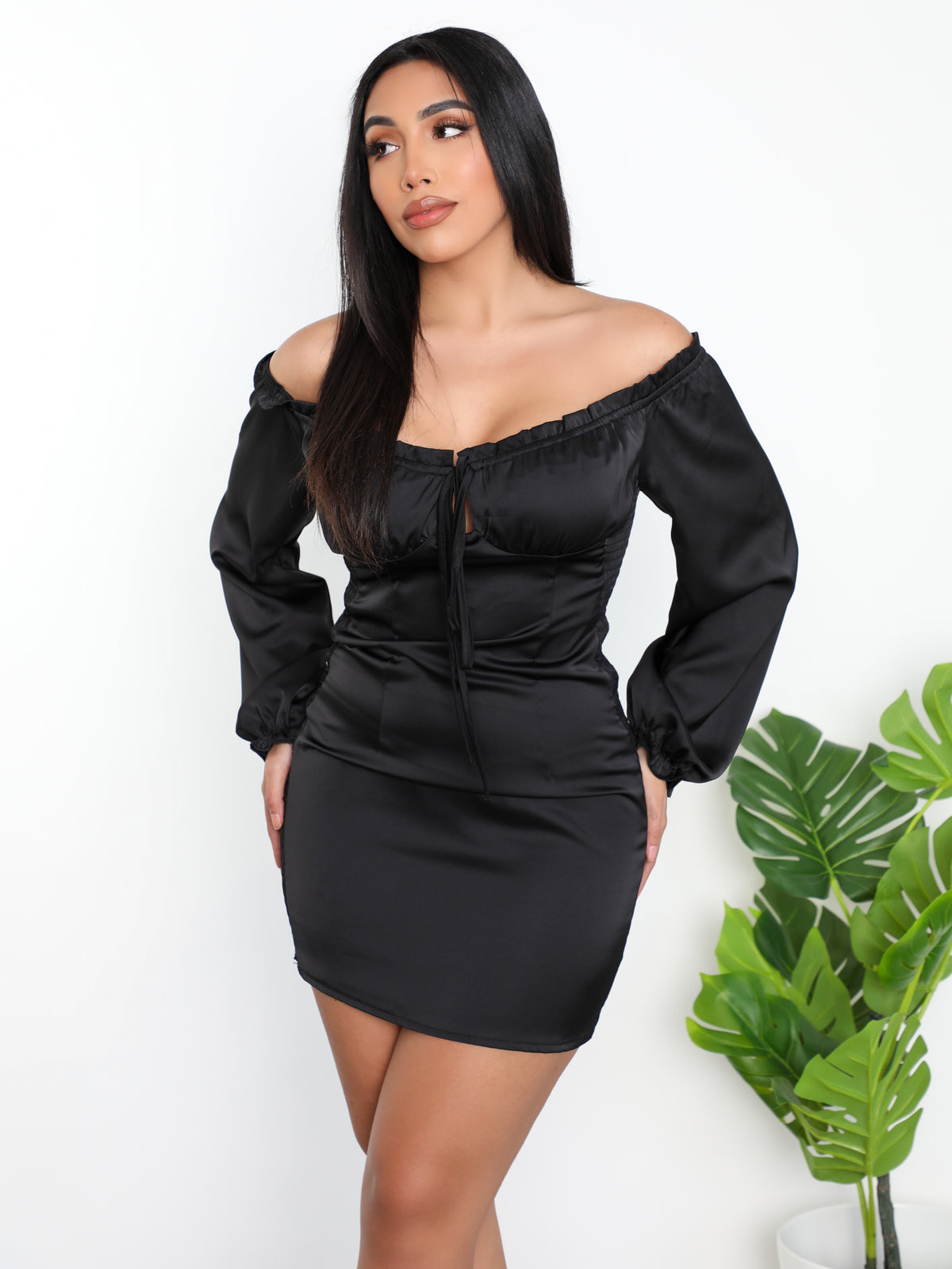 Presley Satin Dress (Black)