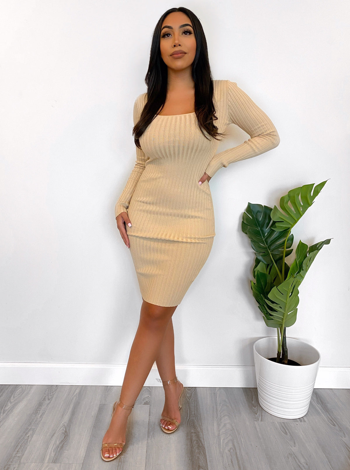 Bethany Dress (Soft Taupe)