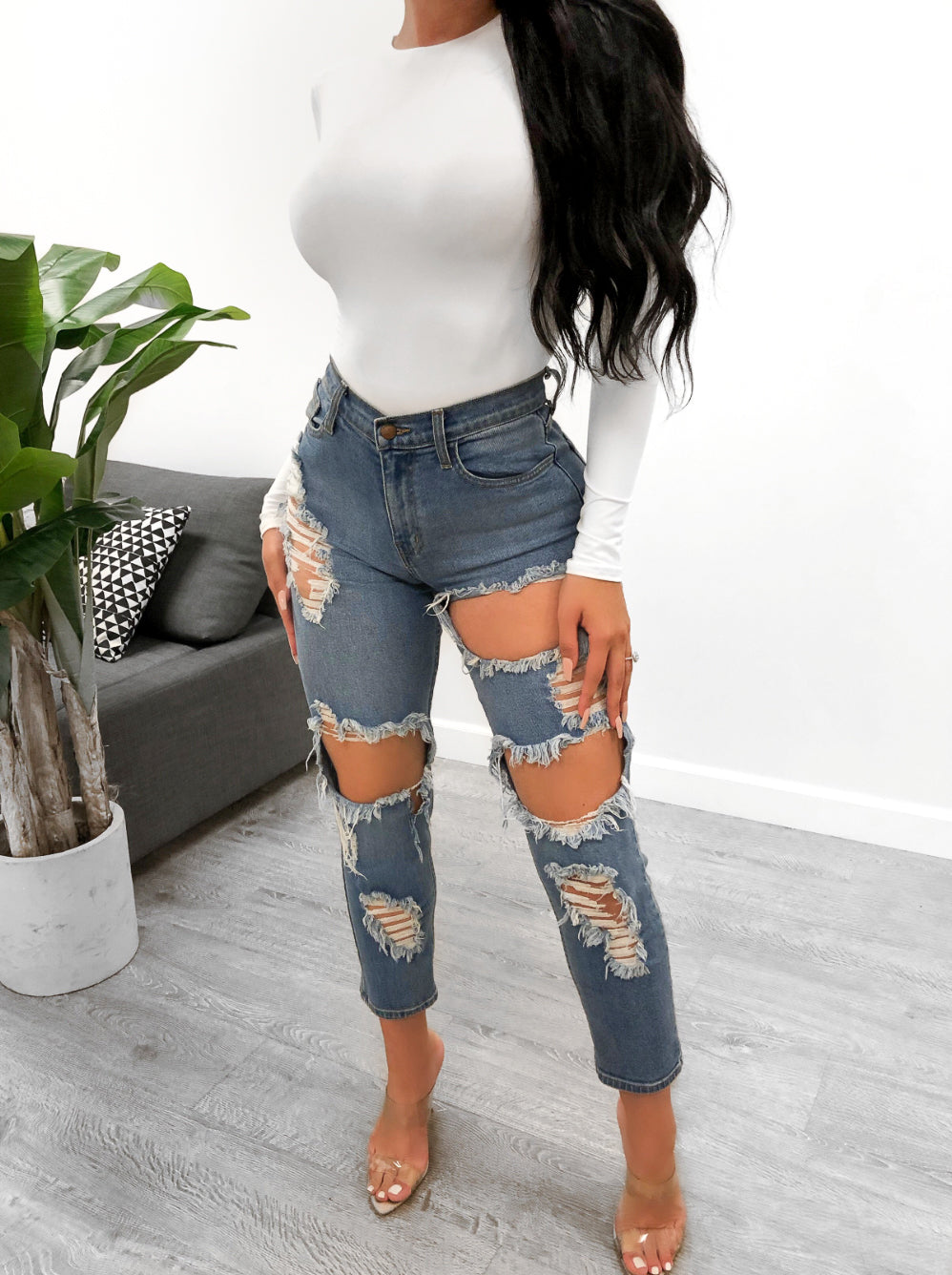 Alexa Mom Jeans (Denim Wash)
