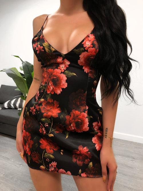 Selena Flower Dress (Black flower)