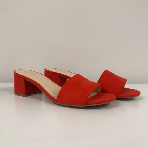 orange heel sandal. Heel is about 1.5 inches. Open toe sandal. Very comfortable.