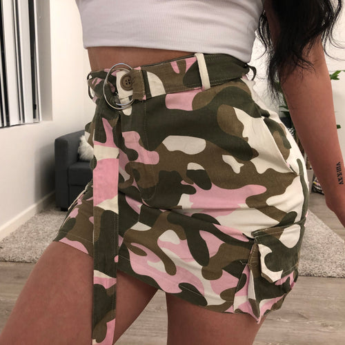 Sally Camo Skirt (pink)