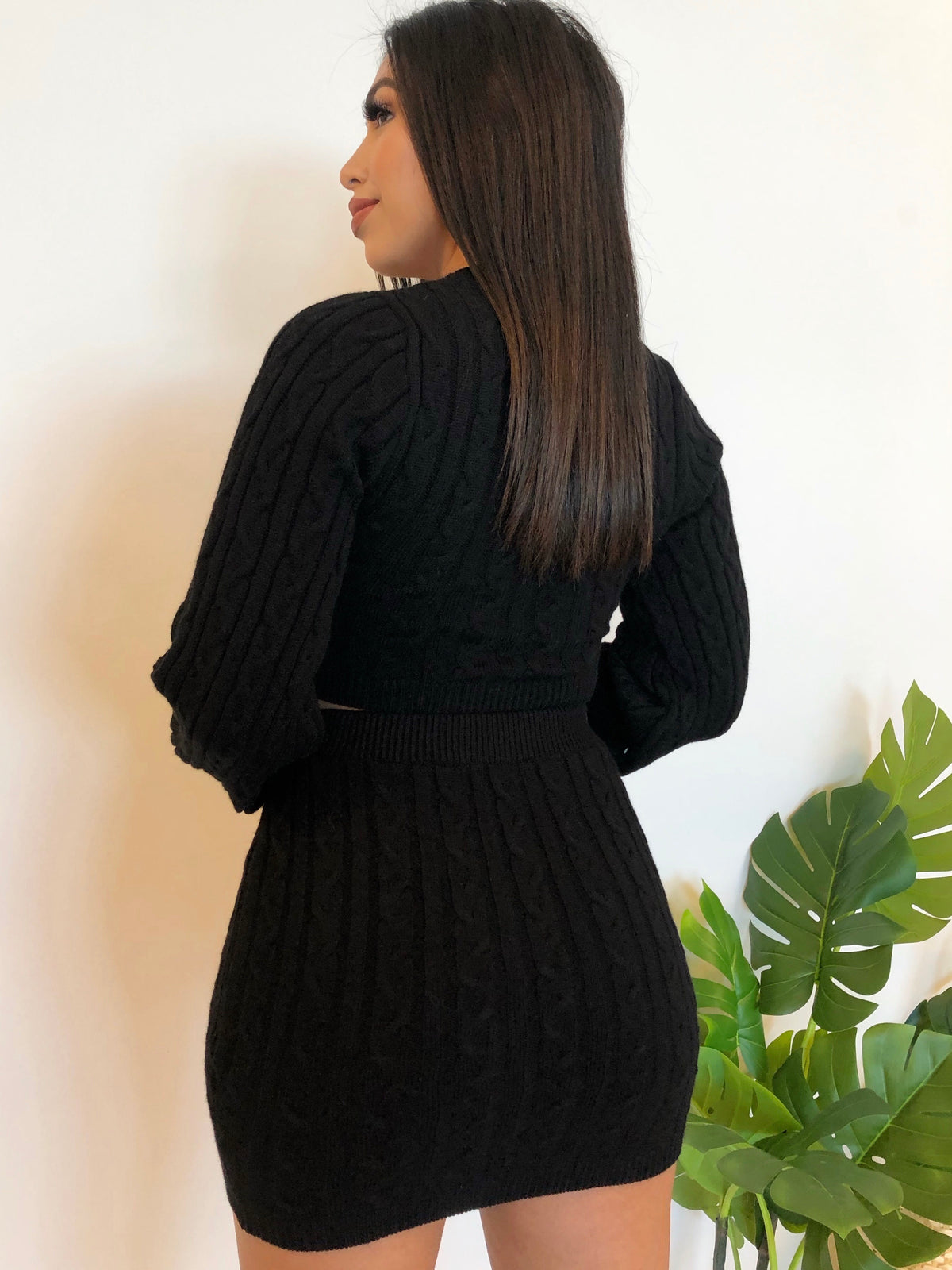 black 2 piece, long sleeve, high waist skirt, crop top, knit 2 piece, v cut