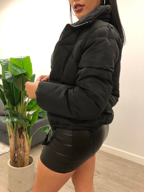 Berry Jacket (Black)