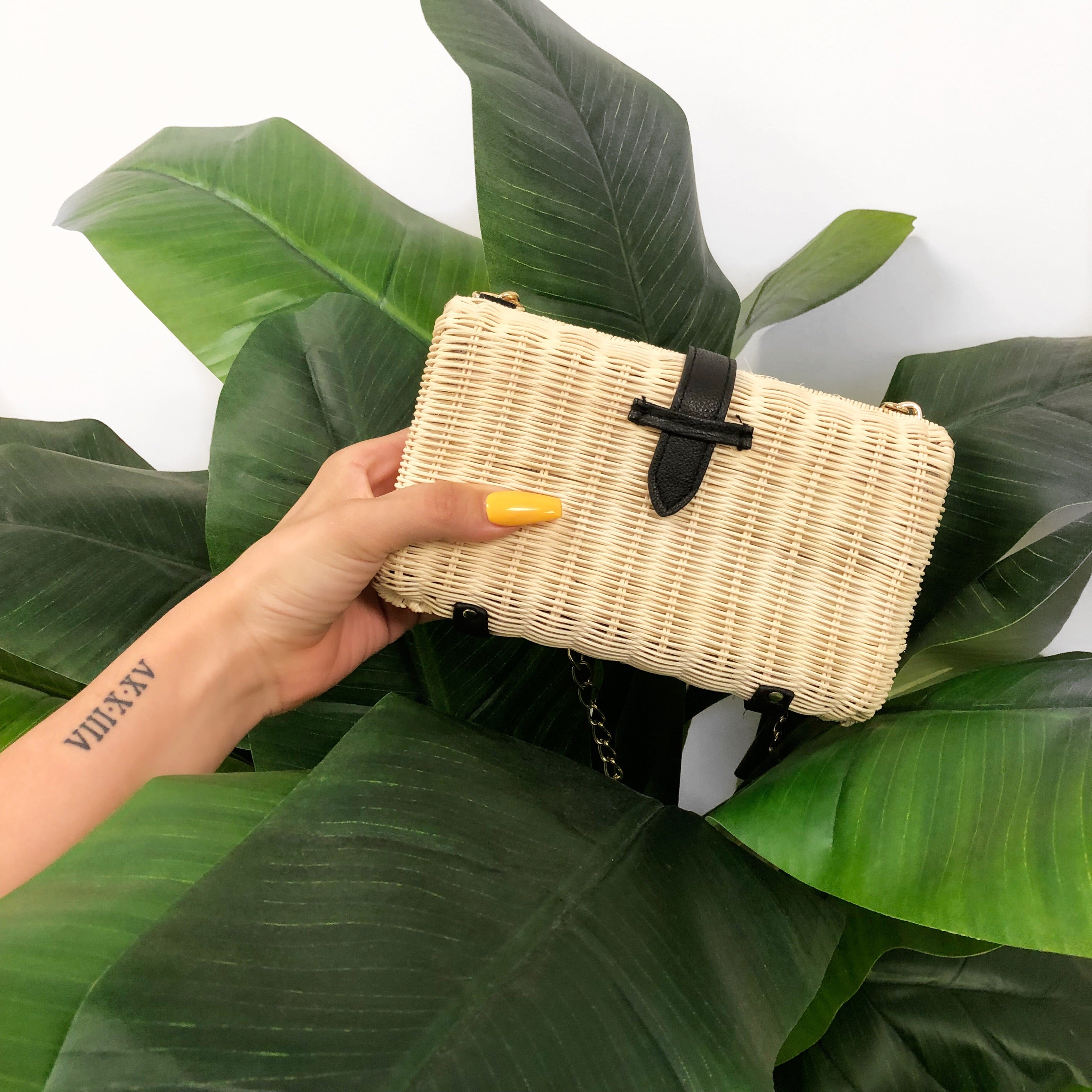 ivory and black cross body bag, clutch, chain strap, straw bag