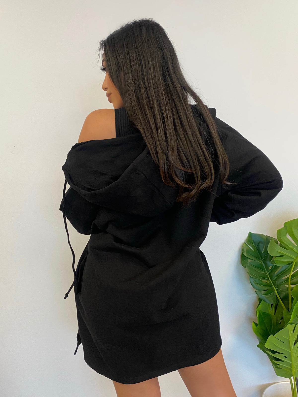 Janelly Sweater (Black)