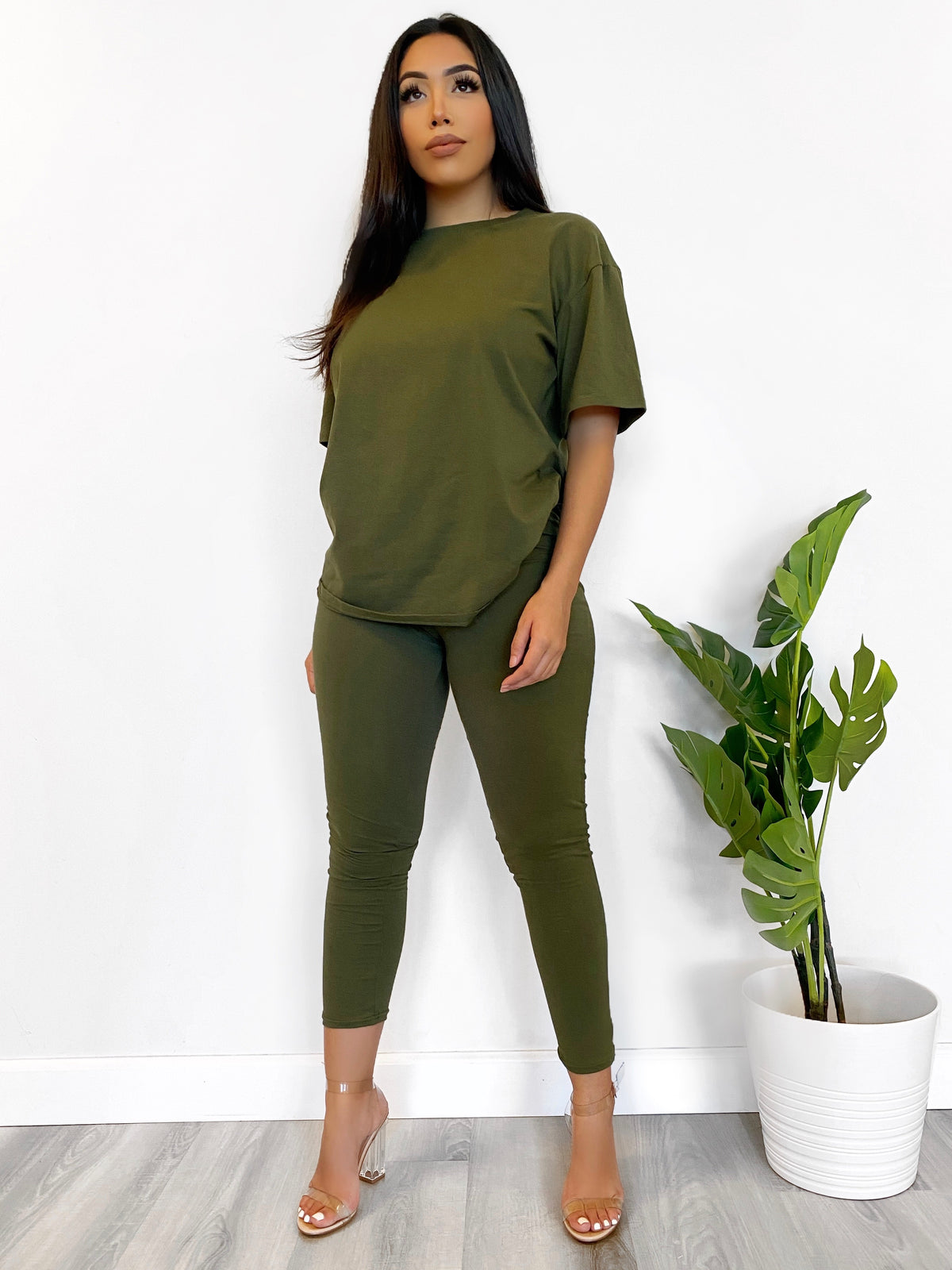 olive2 piece, high waist leggings, oversize tee, short sleeve