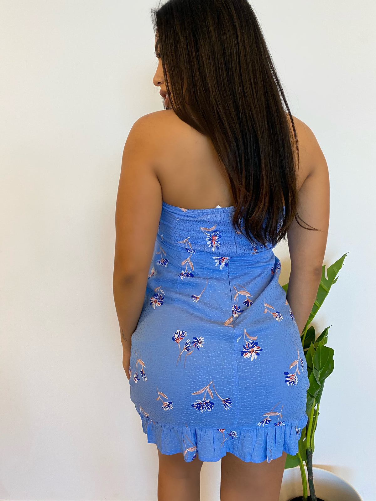 blue floral dress, strapless, open cut out, self tie, ruffle bottom