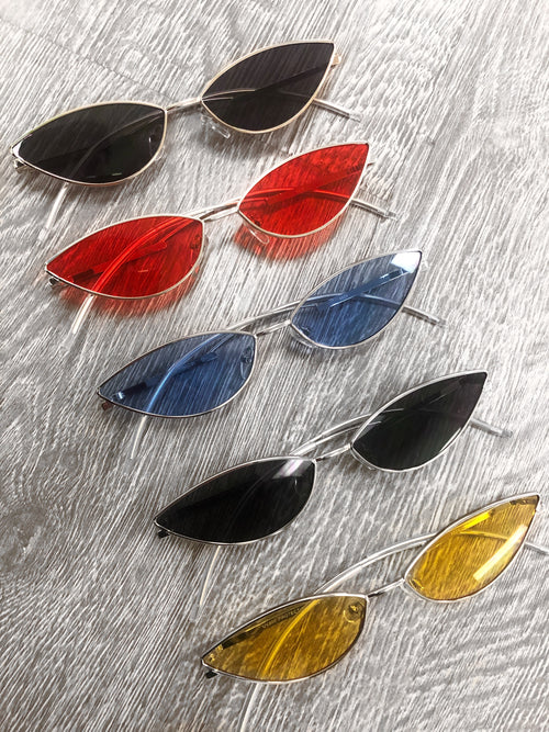 Cat eye shaped glasses, clear with a choice of black/silver, yellow, blue,Black/gold, red tint