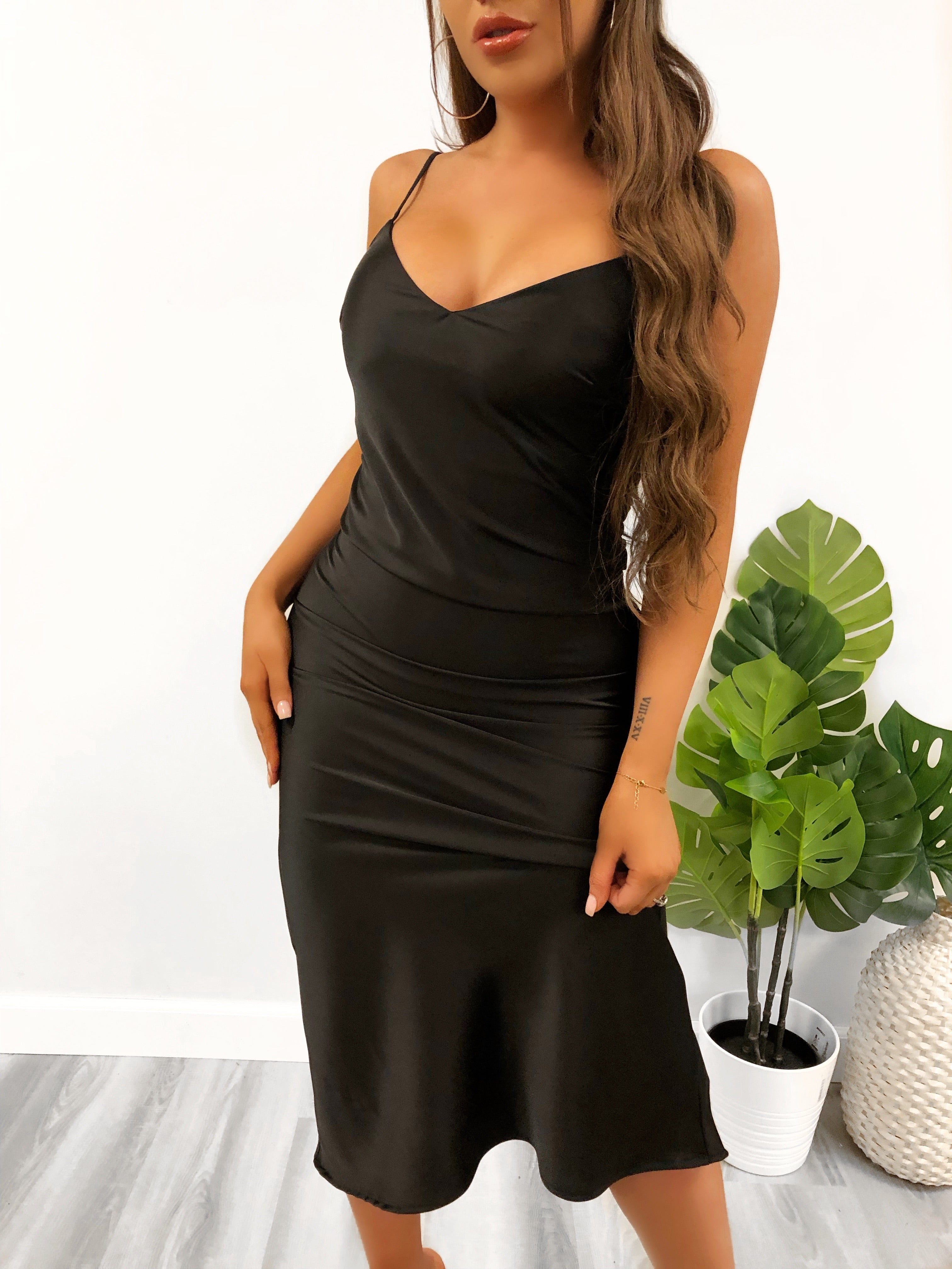 Penelope Satin Dress (Black)