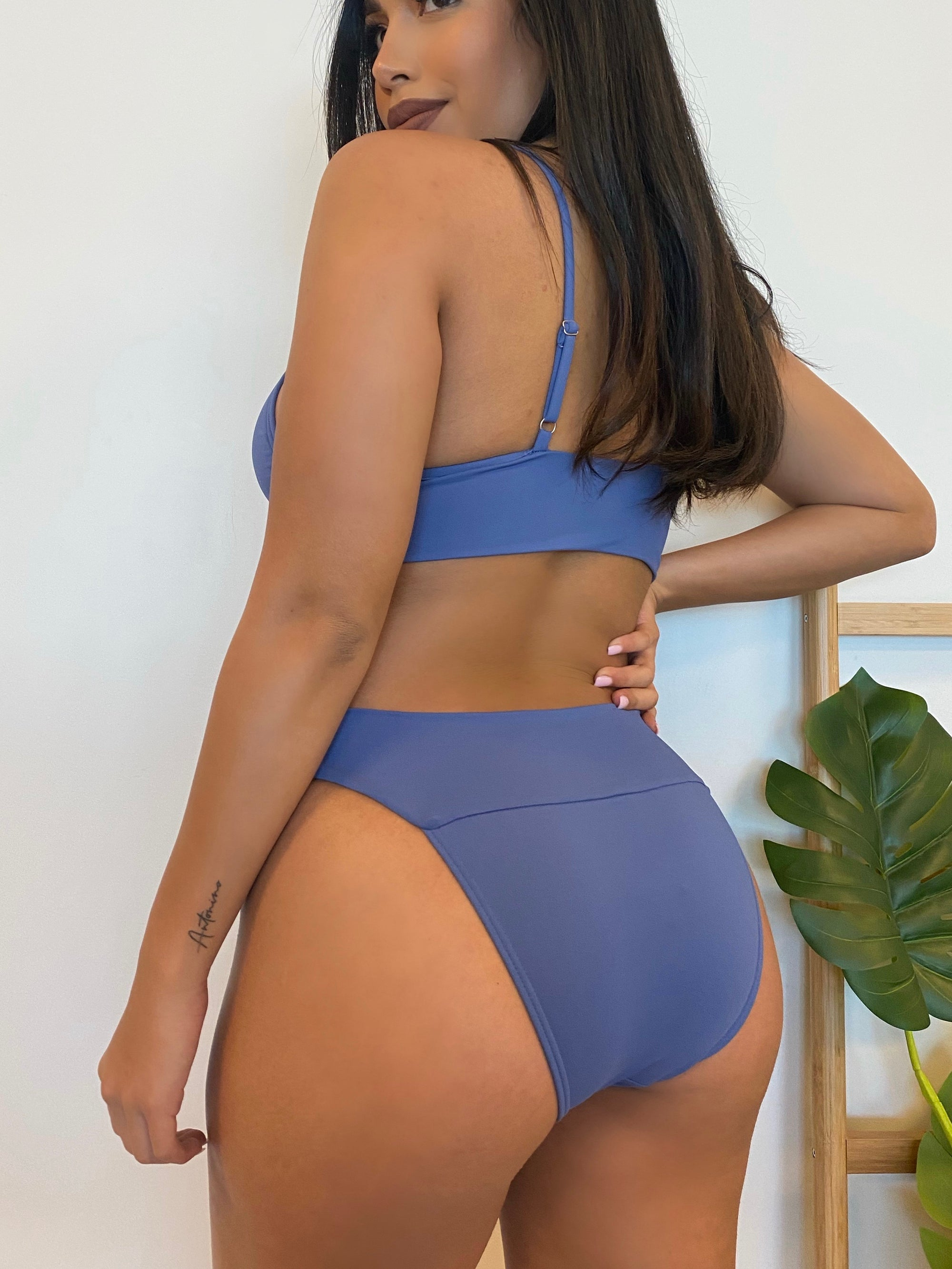 blue 2 piece bathing suit, v cut top, high rise bottoms, cheeky bottoms, adjustable straps