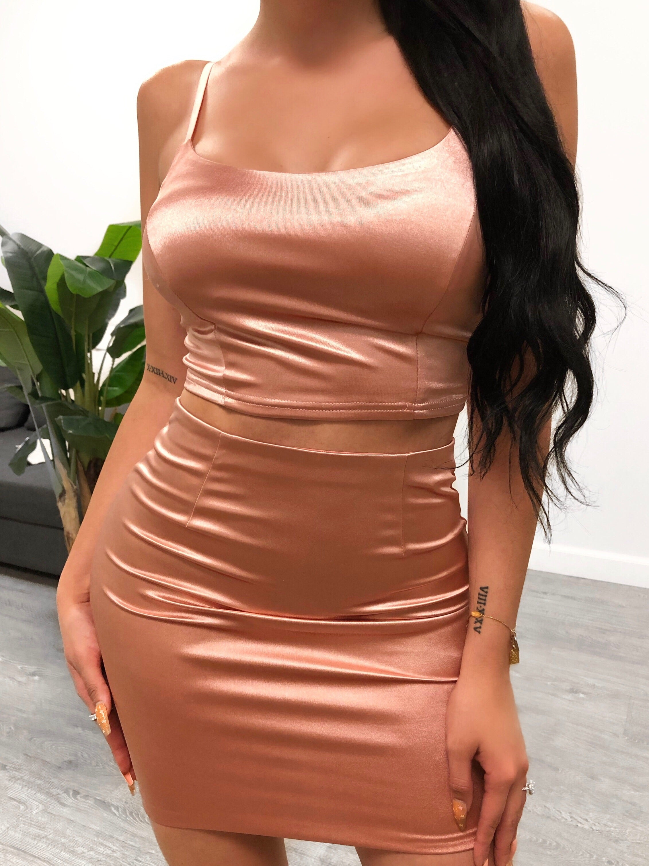 satin 2 piece, pink, spaghetti strap, scoop neck, crop top, high waist skirt, mid thigh length