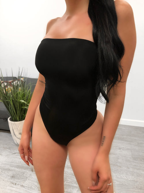Abela One Piece (black)