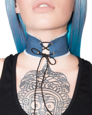 LACE UP DENIM CHOKER