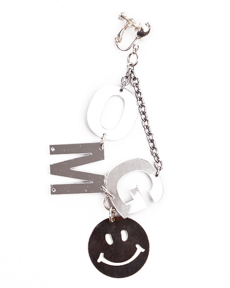 OMG SMILEY FACE EARRING