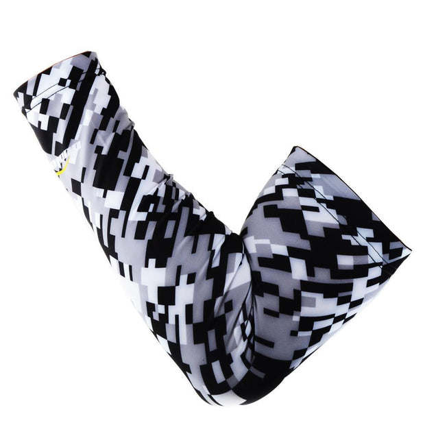 COOLOMG 1PCS Compression Arm Sleeve Digital Camouflage Black Gray