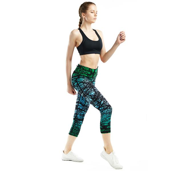 Women Green Forest Printed Compression Yoga Capris