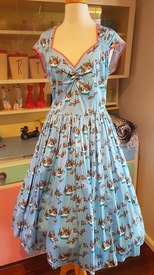 PRE LOVED! Pinup Girl Clothing PUG Mary Blair Cats Heidi Dress sz XL