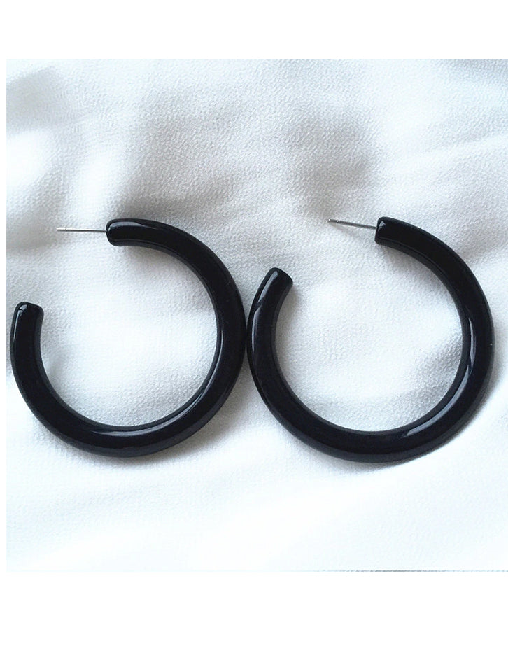 Groovy Baby Black Curve Earrings Hoops