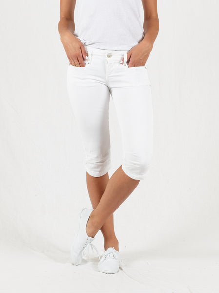 Jacy White Short Capri