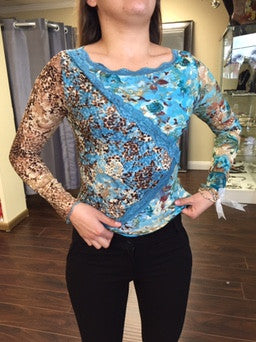 Blouse, lace with flower and animal print pattern - natural italian skincare www.MilanoCoronado.com