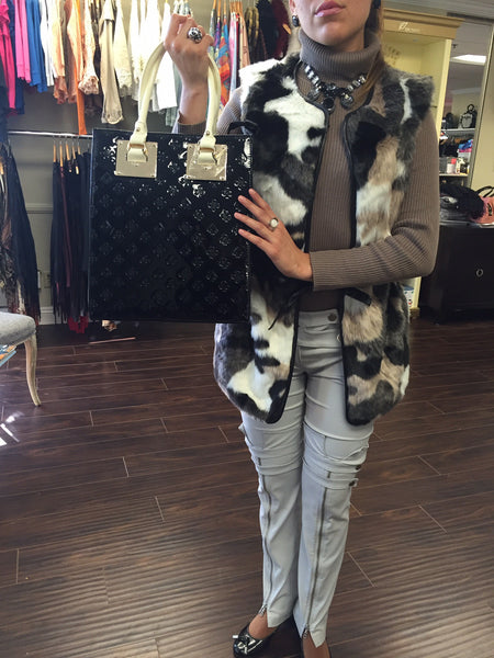 Vest, Black/Brown/white Eco fur - natural italian skincare www.MilanoCoronado.com