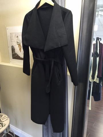 Coat, one size, black with belt - natural italian skincare www.MilanoCoronado.com