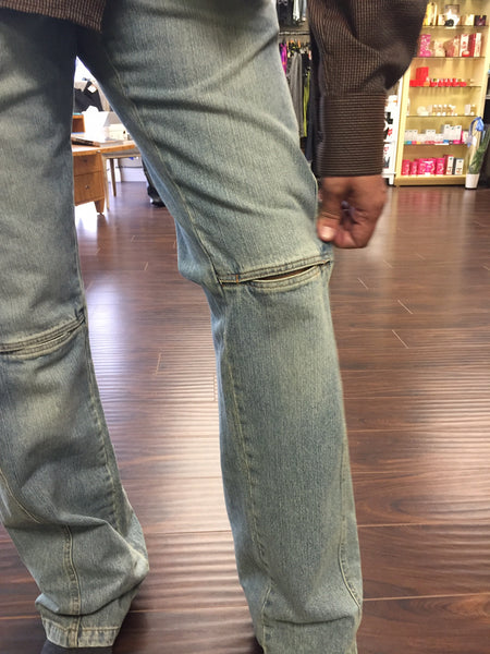 Jeans, light blue straight leg With cuts at knee - natural italian skincare www.MilanoCoronado.com