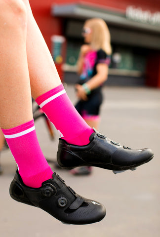 ESSENTIAL 'PINK' socks