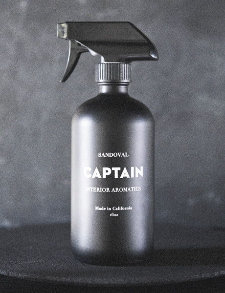 CAPTAIN // Interior Aromatic